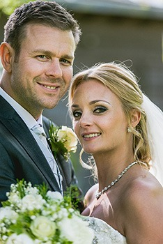 smokey-natural-wedding-makeup wedding makeup gallery. Venue The bridge Hotel Prestbury